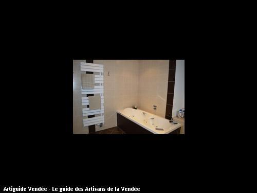 Rénovation d'une salle de bain réalisée par l'entreprise MARION basée à MONTAIGU